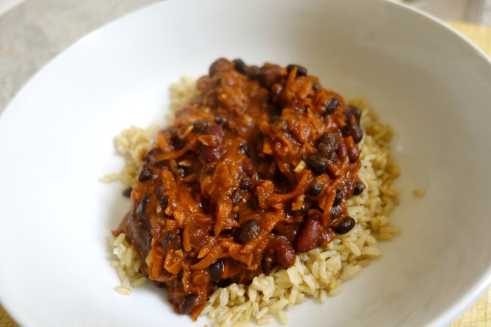 Blunts Weekend Kichen Black and Kidney Bean Chilli 08